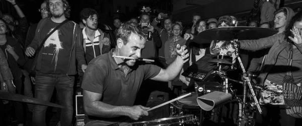 oded-kafri-street-drummer