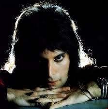 Freddie-Mercury-3